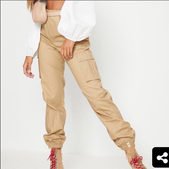 PrettyLittleThing Pants - Beige/tan cargo pants